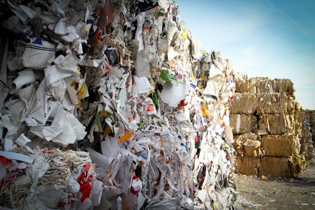 Rubbish Photo by Bas Emmen on Unsplash